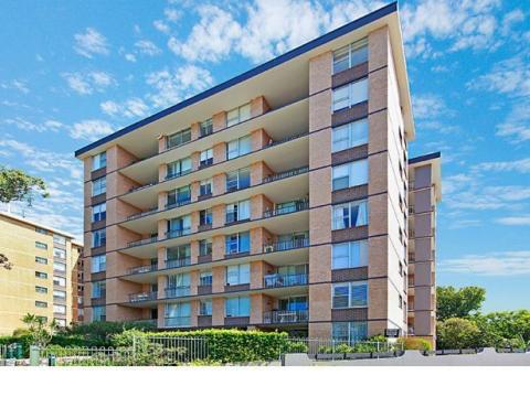 Light Filled Parkside Apartment