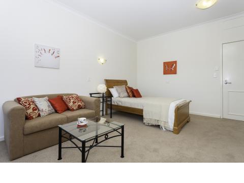 Glengarry Apartments