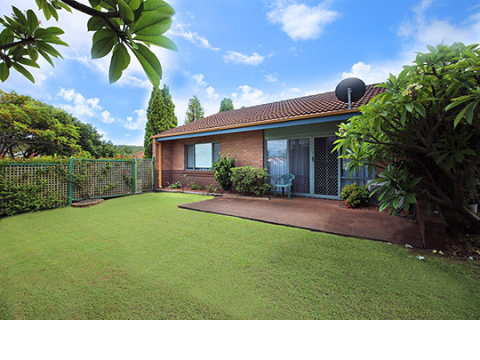 Retirement Villages & Property in Eleebana, NSW 2282 For