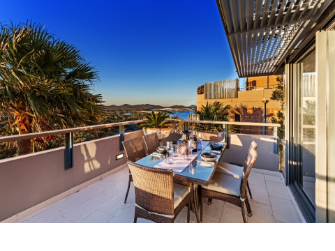 Retirement Villages & Property in One Mile, NSW 4305 For